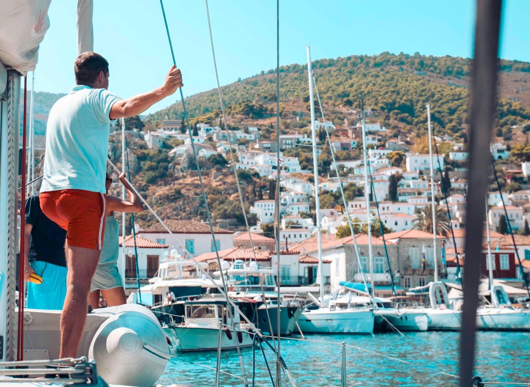 Lerne selber Segeln und werde Kapitän auf eine Segelyacht   sailwithus