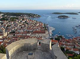Dubrovnik von Oben, toller Landausflug während des Segeltörns