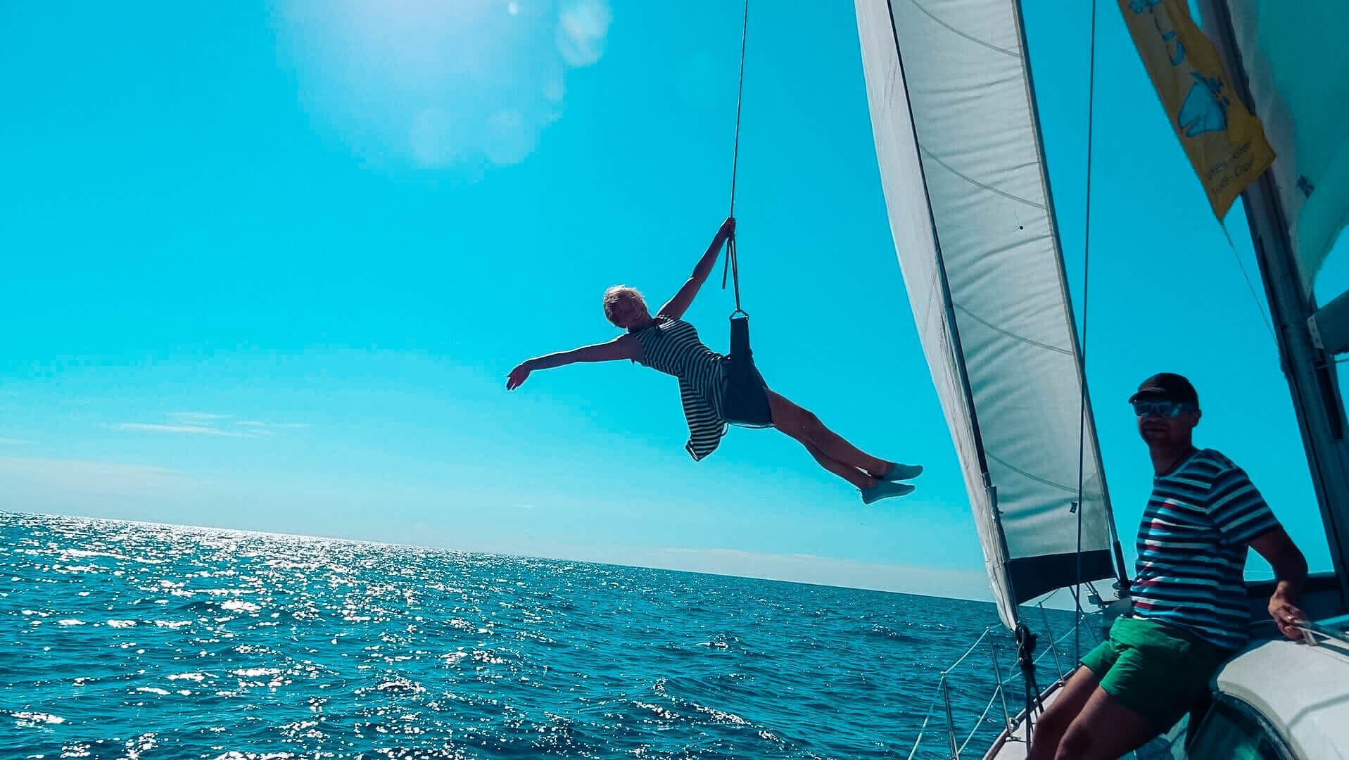 Gemeinsam mit junger Crew Spaß auf der Segelyacht l sailwithus