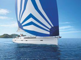 5 Kabinenyacht Segelyacht im Mittelmeer